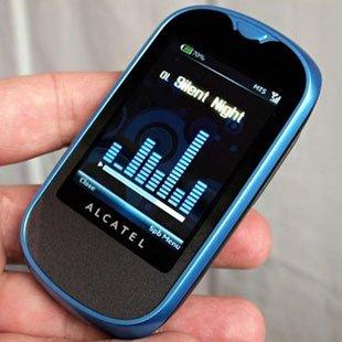 Alcatel OT-707 - бюджетный телефон с сенсорным дисплеем