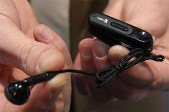 Уникальная Bluetooth-гарнитура Clip Naro 601