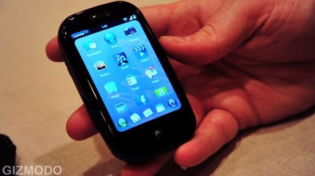 Palm готовит еще один смартфон - меньше и легче, чем Palm Pre