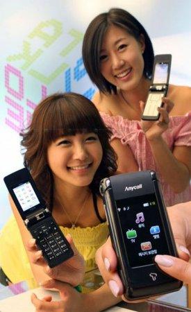 Samsung SCH-W570 — одна раскладушка и два сенсорных дисплея