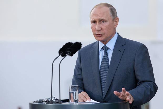 Владимир Путин продлил карантин до 30 апреля 2020 года. Что делать с налогами, отчетностью и зарплатой?