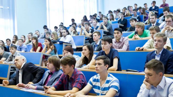 Поступаем в колледж в 2020 году: требования, правила приема, направления, проходные баллы и прочее