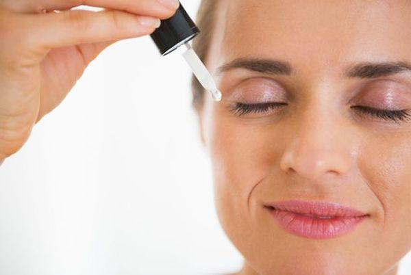 Сыворотки для лица: эффективность и особенности применения продукта