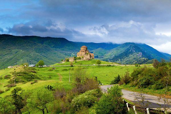 Куда поехать в Грузии, чтобы красиво отдохнуть