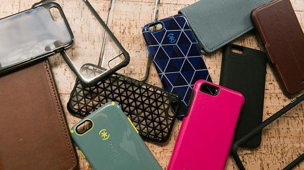 Пластик, дерево, кожа - какой материал для чехла телефона лучше
